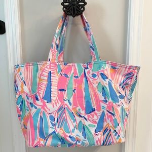 EUC Lilly Pulitzer Out To Sea/Palm Beach tote